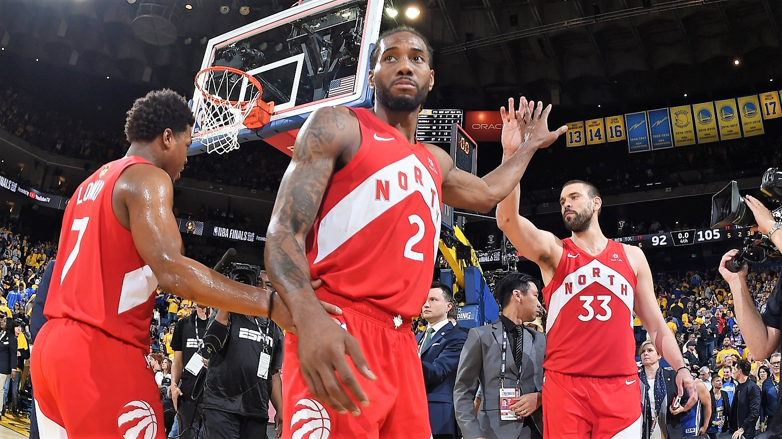 ラプターズが敵地で連勝、球団初優勝に王手をかける   NBA日本公式 ...