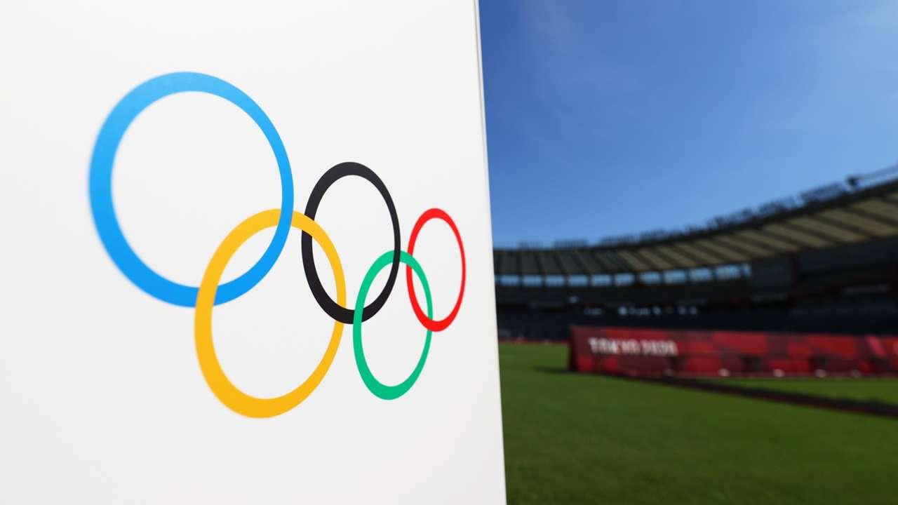 Olympics logo - soccer field - 2021