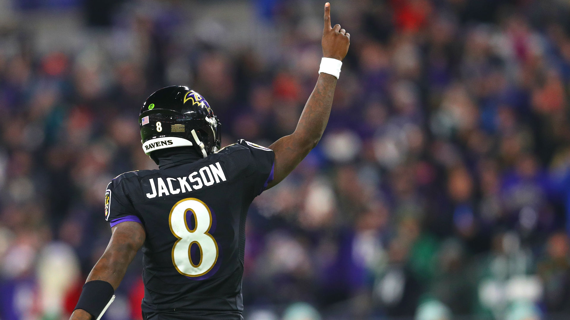 What if the Patriots had picked Lamar Jackson ahead of the Ravens in the 2018 NFL Draft?