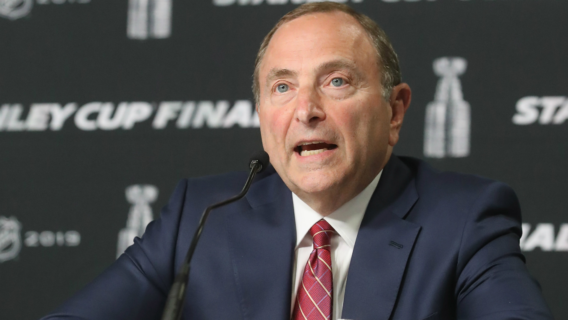 When will the 2021 NHL season start? Bettman says it's a 'work in progress'