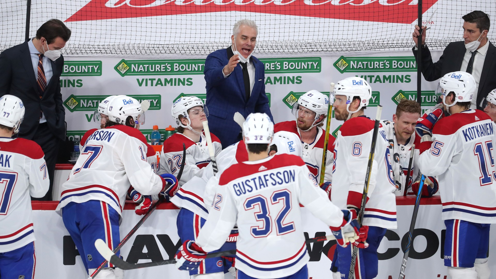 Twitter shows support for Canadiens coach Dominique Ducharme after being sidelined