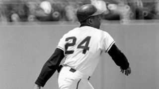 MLB UNIFORMS Willie-Mays-011216-AP-FTR.jpg
