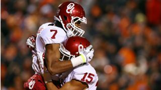 Oklahoma-sooners-jordan-thomas-zack-sanchez-celebrate-oklahoma-ftr-getty