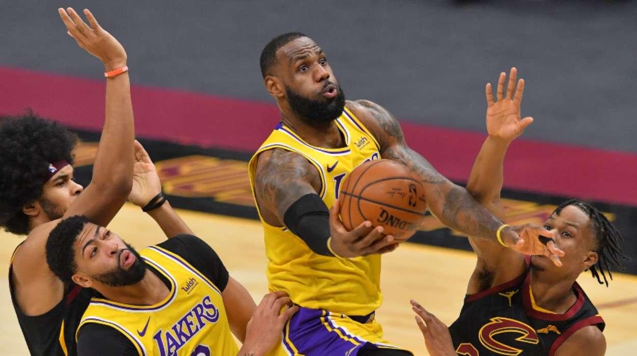 LeBron James Anthony Davis Los Angeles Lakers