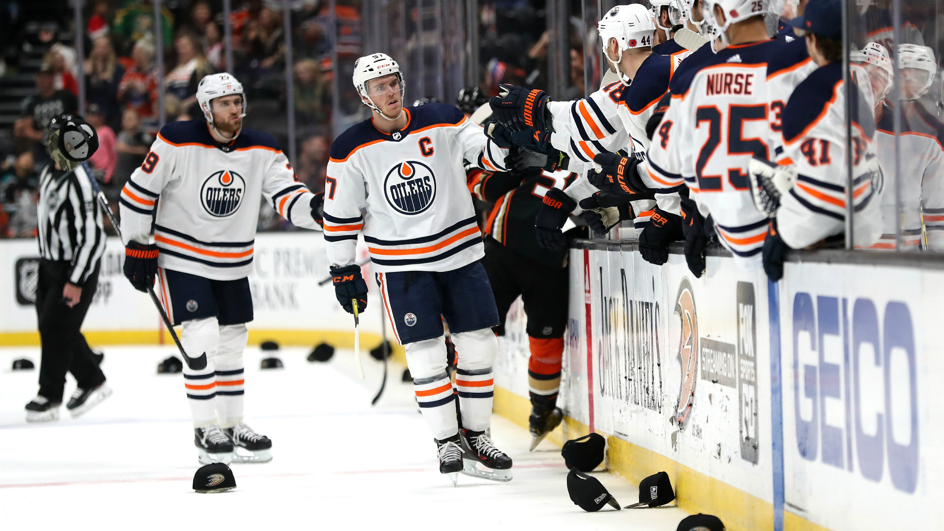 Edmonton Oilers' Connor McDavid scores second hat trick of week because he's Connor McDavid