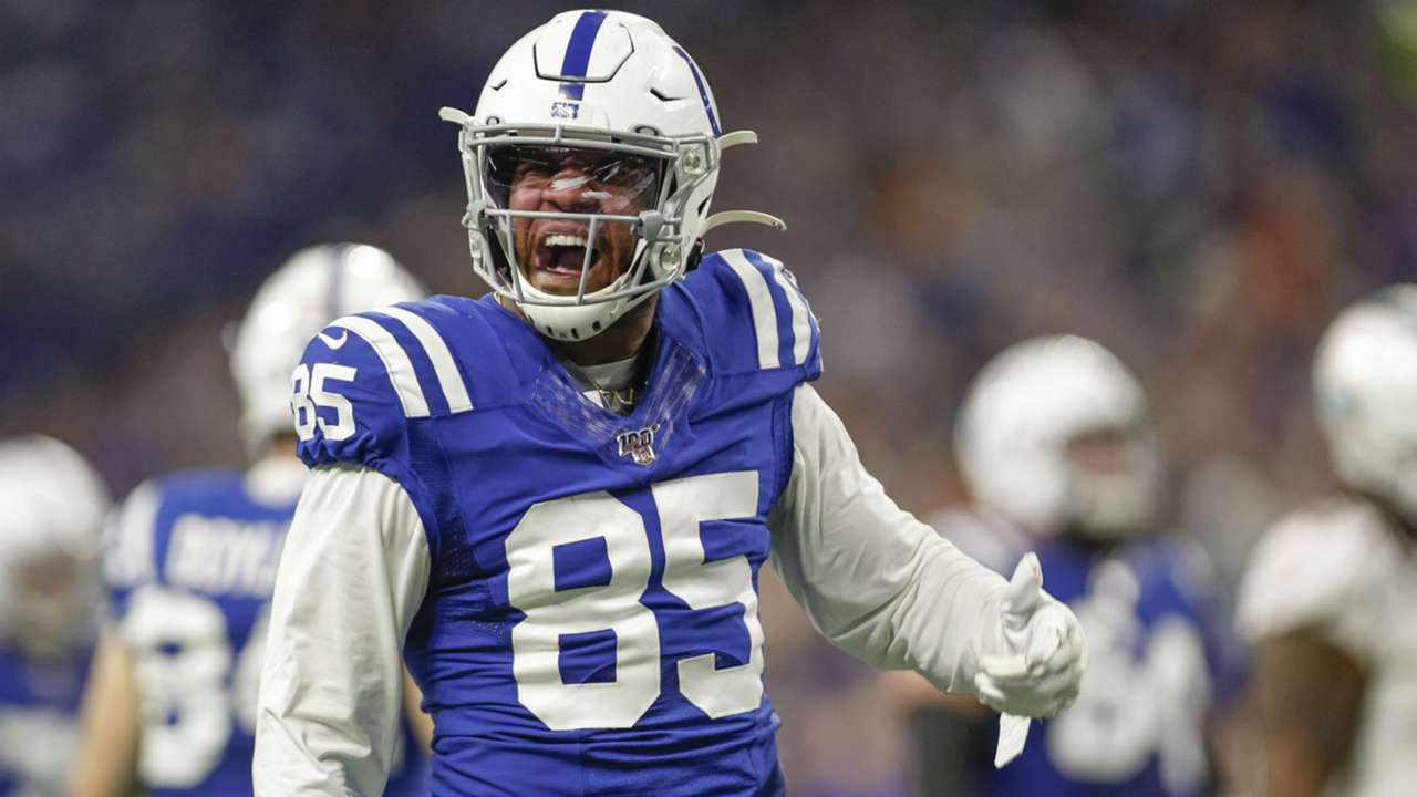 eric-ebron-112019-getty-ftr