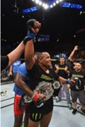 daniel-cormier-UFC-187-GETTY-FTR.jpg