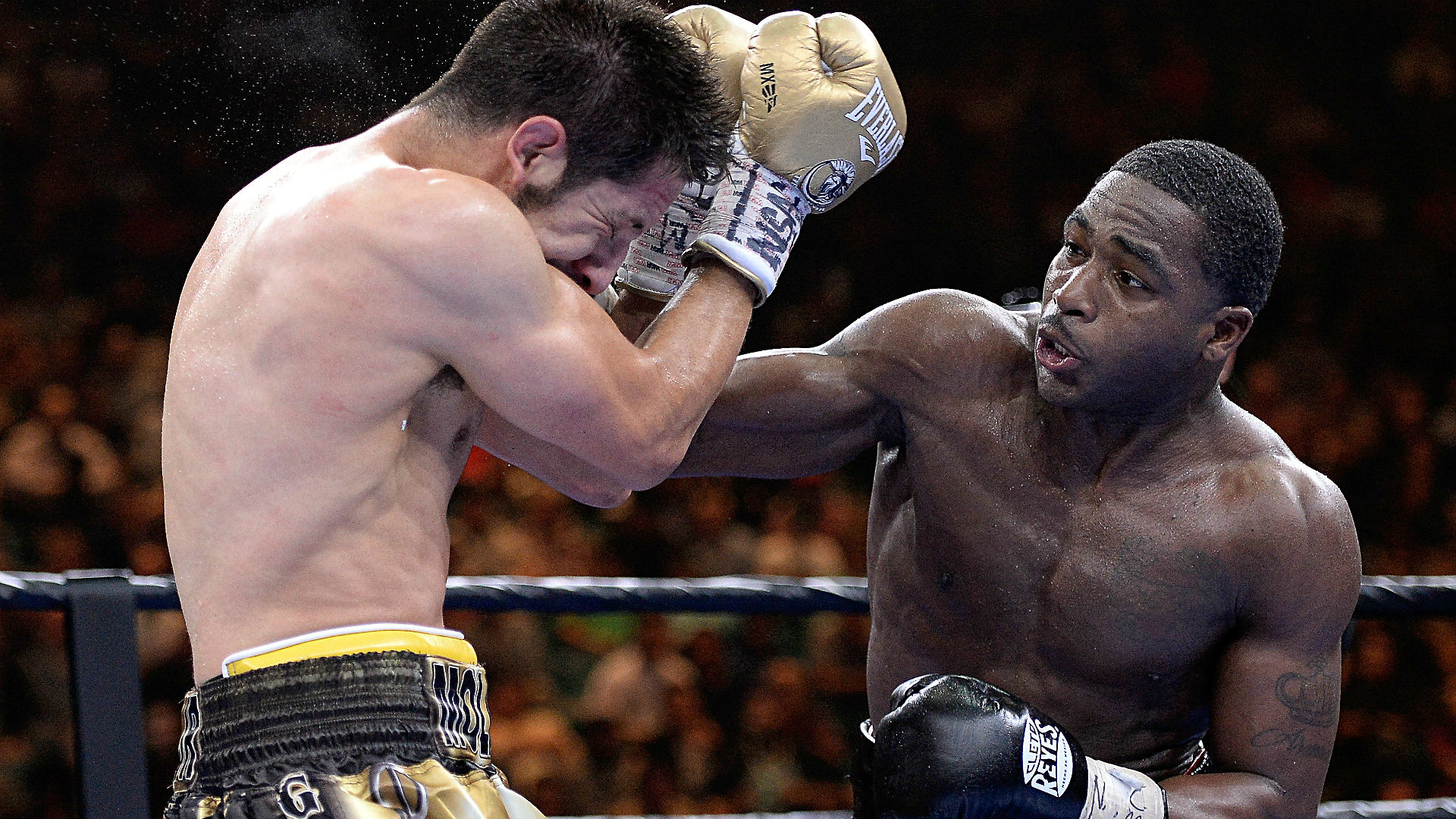 Broner demarco betting odds sports betting syndicate