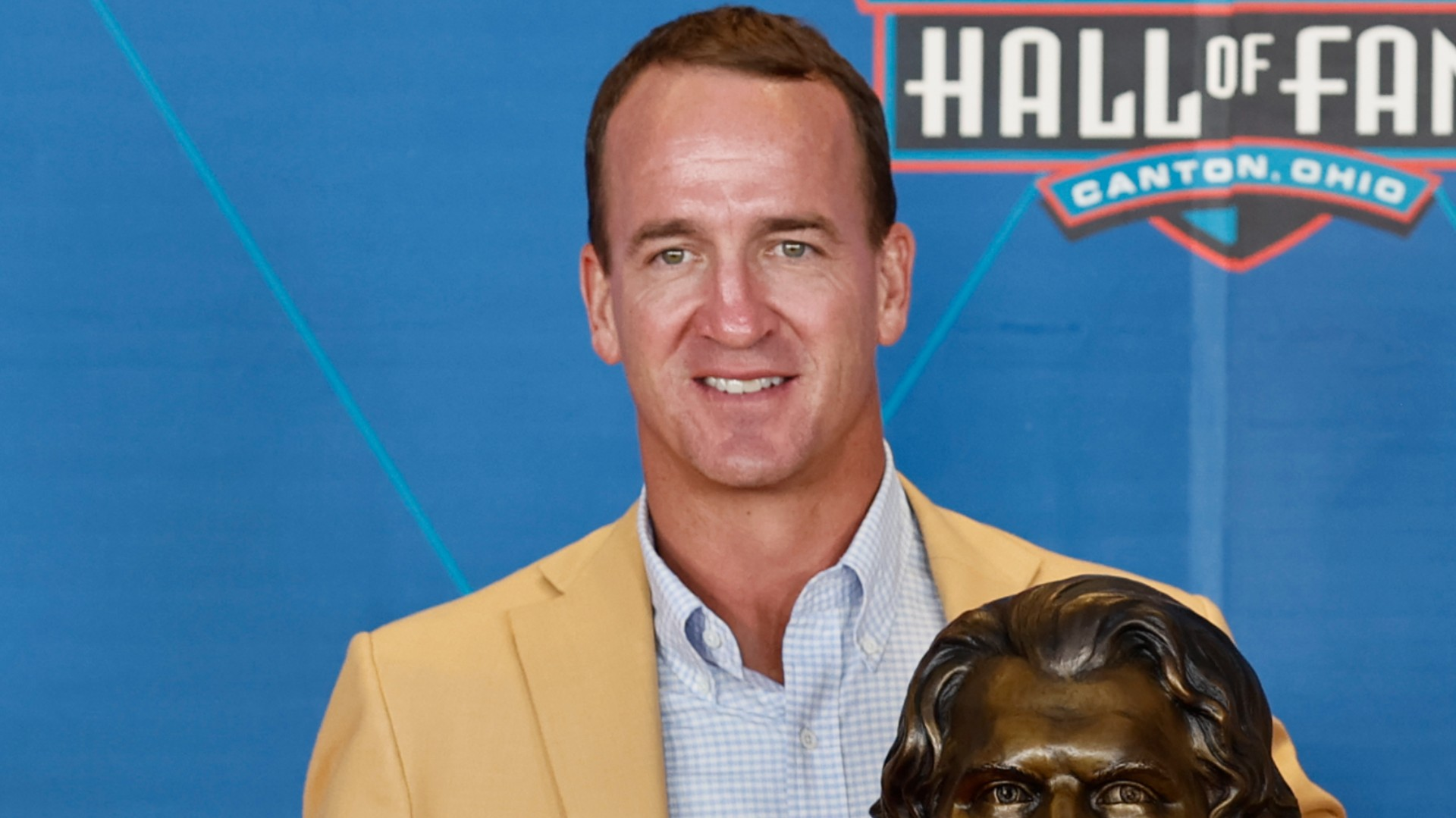Peyton Manning modifies Ray Lewis, Tom Brady addresses the future of the NFL in an emotional Hall of Fame speech