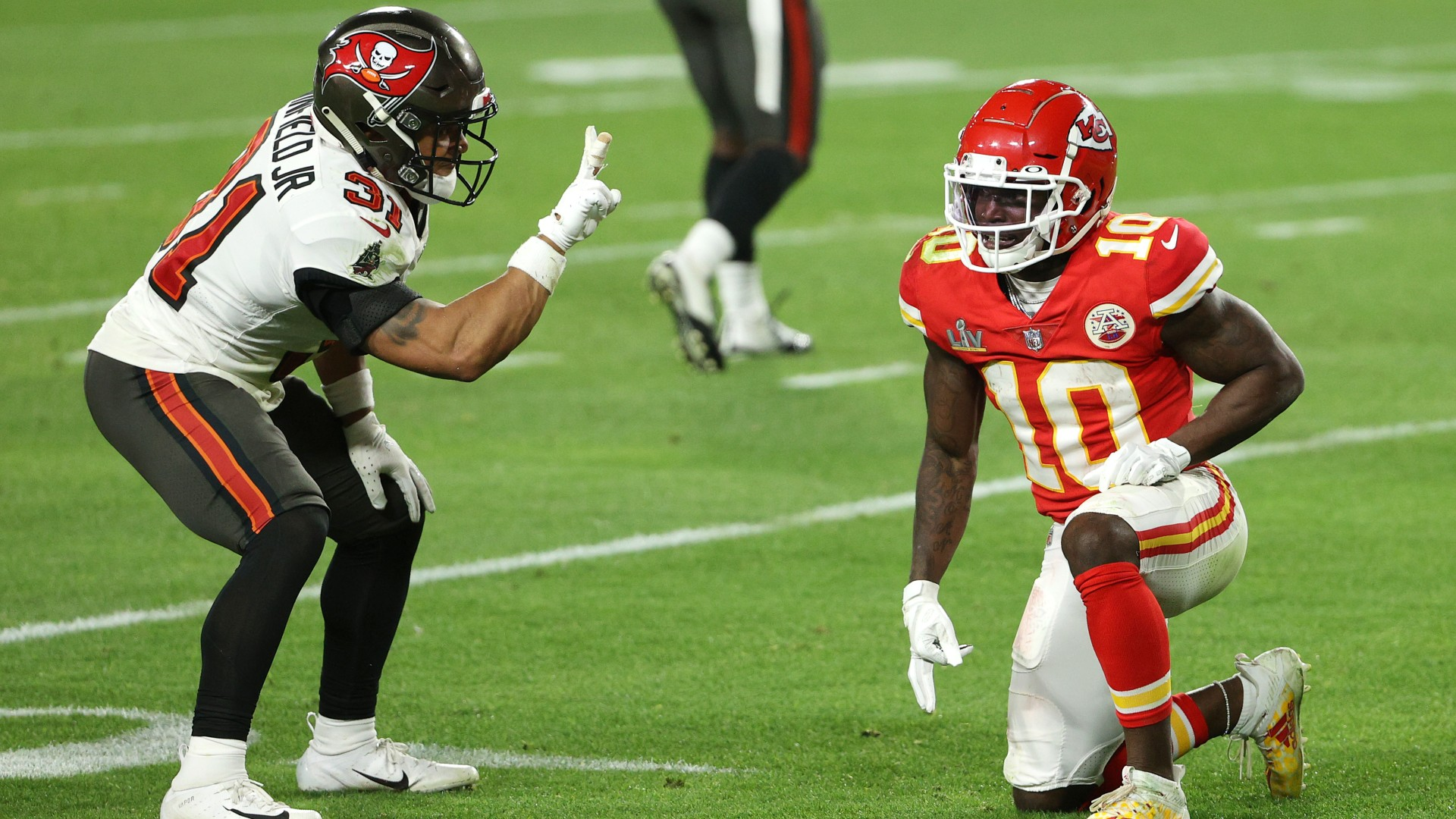 Antoine Winfield Jr. fined for his ridiculously petty and awesome Super Bowl 55 taunt of Tyreek Hill