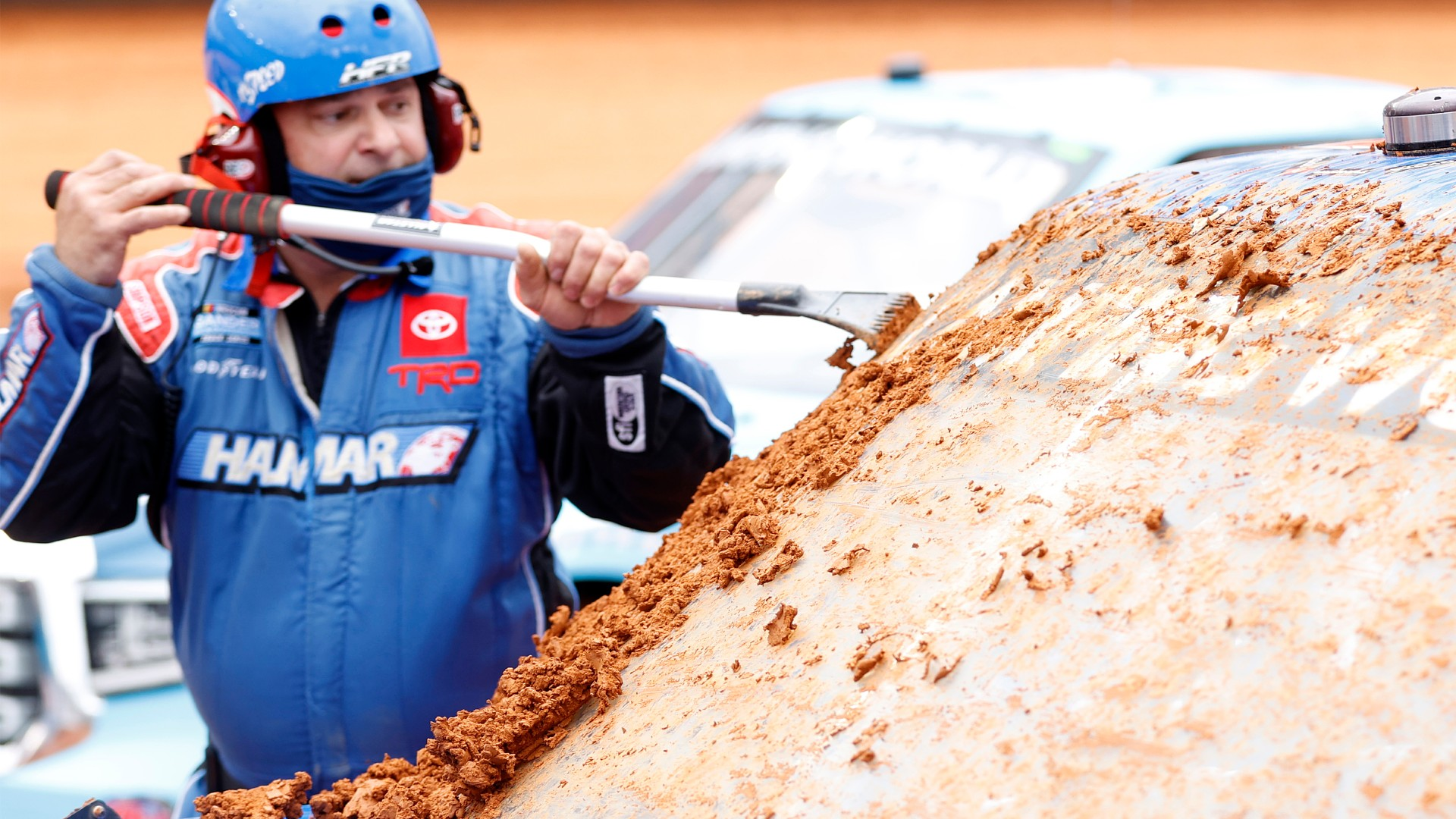 NASCAR Race Weather Updates: Forecast Rain Postpones Bristol Dirt Race to Monday