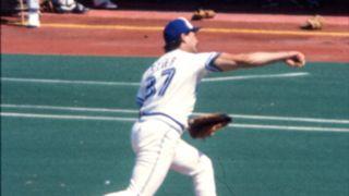MLB-UNIFORMS-Dave-Stieb-011316-WIKI-FTR.jpg
