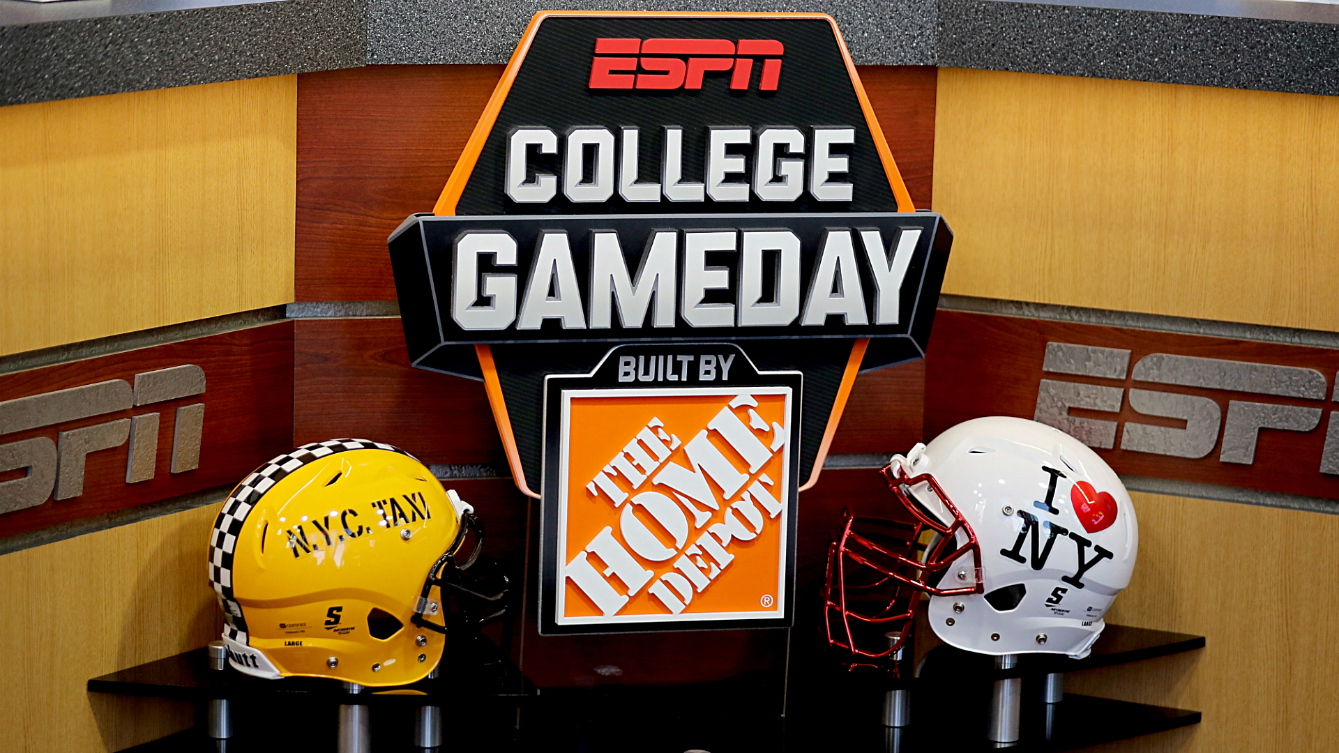 Where is 'College GameDay' this week? Location, schedule ...