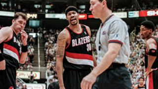 NBA-CHOKES-Blazers-2000-042716-GETTY-FTR.jpg