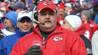 Chiefs-fan-102715-Getty-FTR.jpg