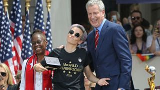 Rapinoe-DeBlasio-072019-Getty-FTR.jpg