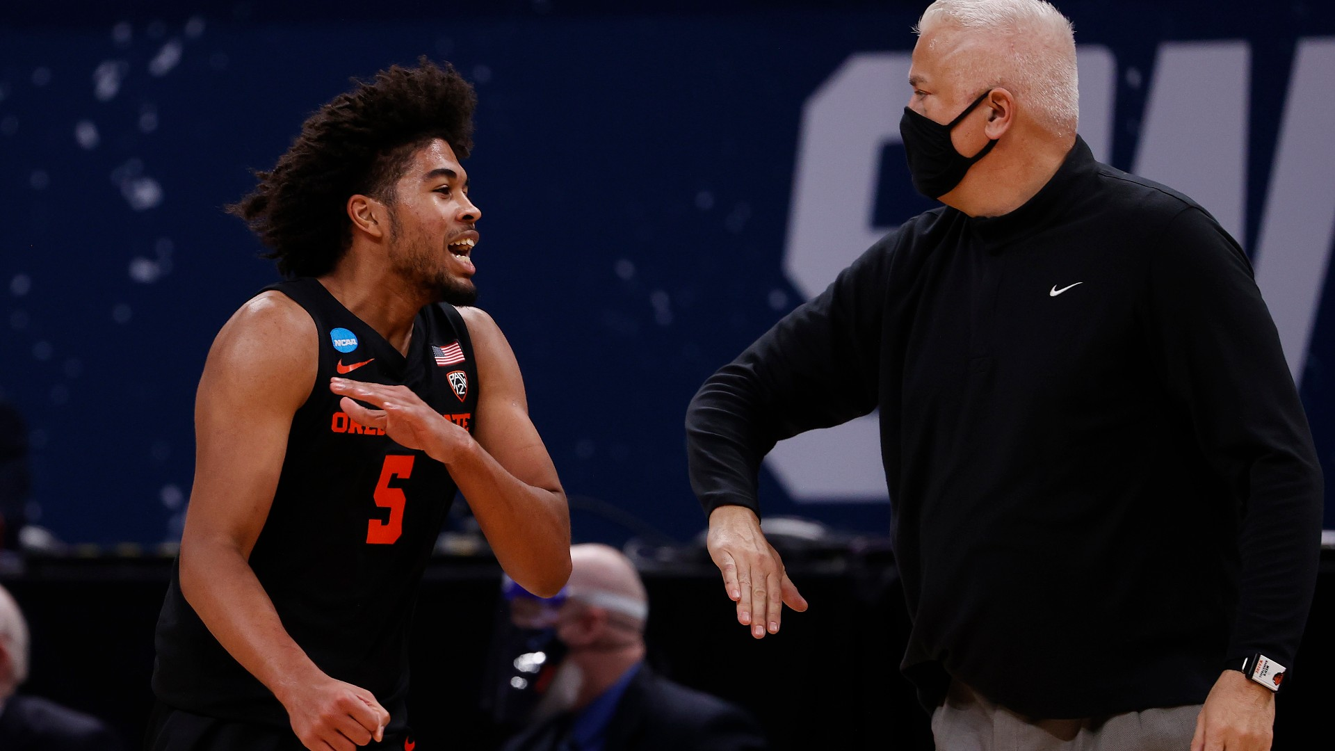 Oregon State's Wayne Tinkle keeps Beavers in the zone, extends team's run into Elite Eight