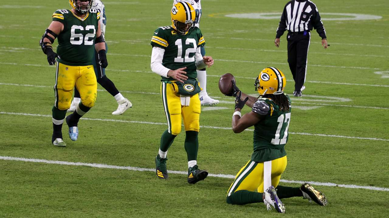 Davante-Adams-Aaron-Rodgers-Getty-FTR-051121