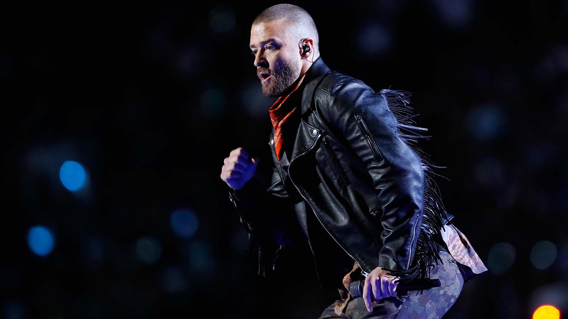 Justin Timberlake performs on the Pepsi Super Bowl