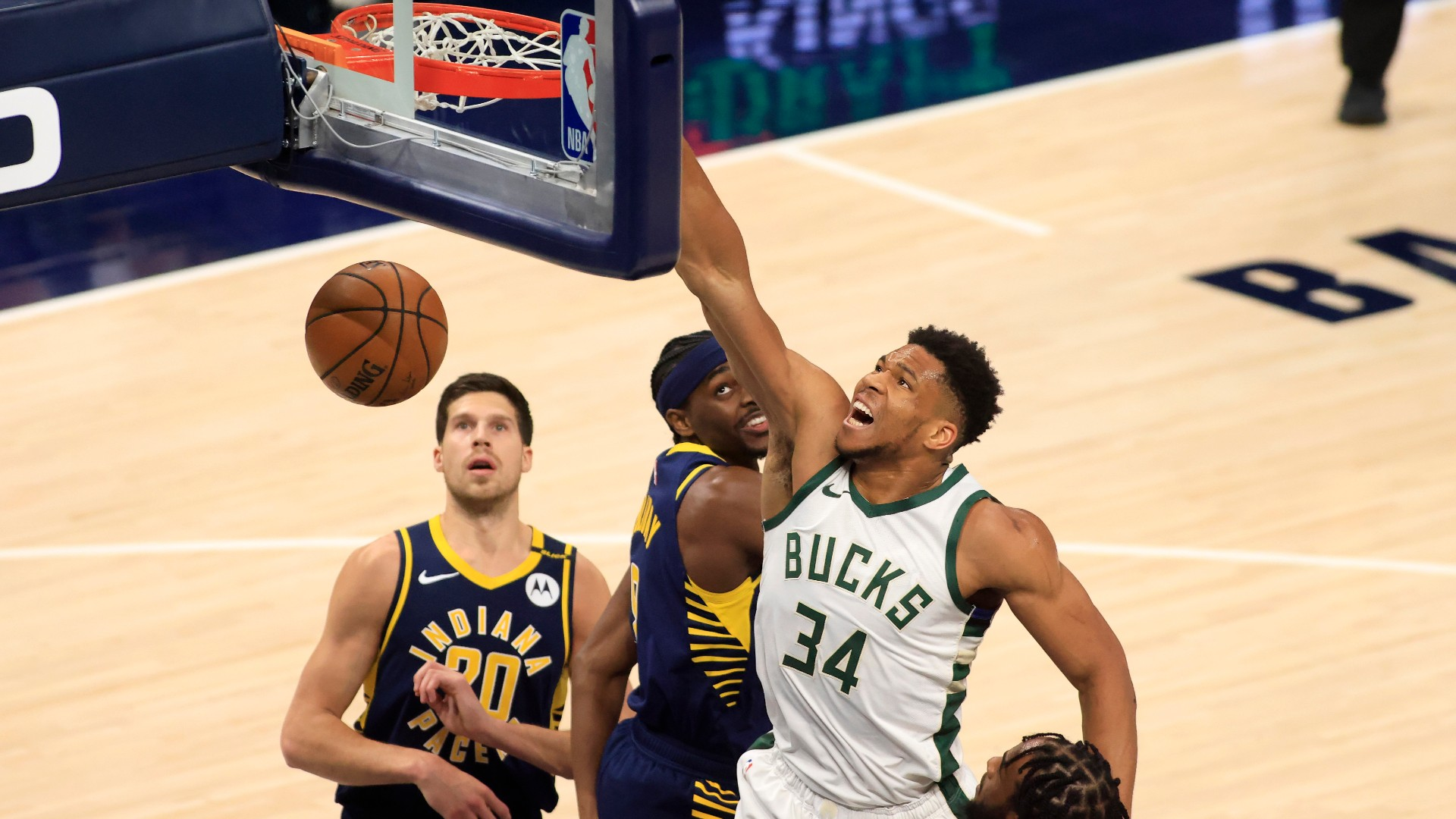 Giannis Antetokounmpo laughs at himself after monster dunk: 'I almost pooped'