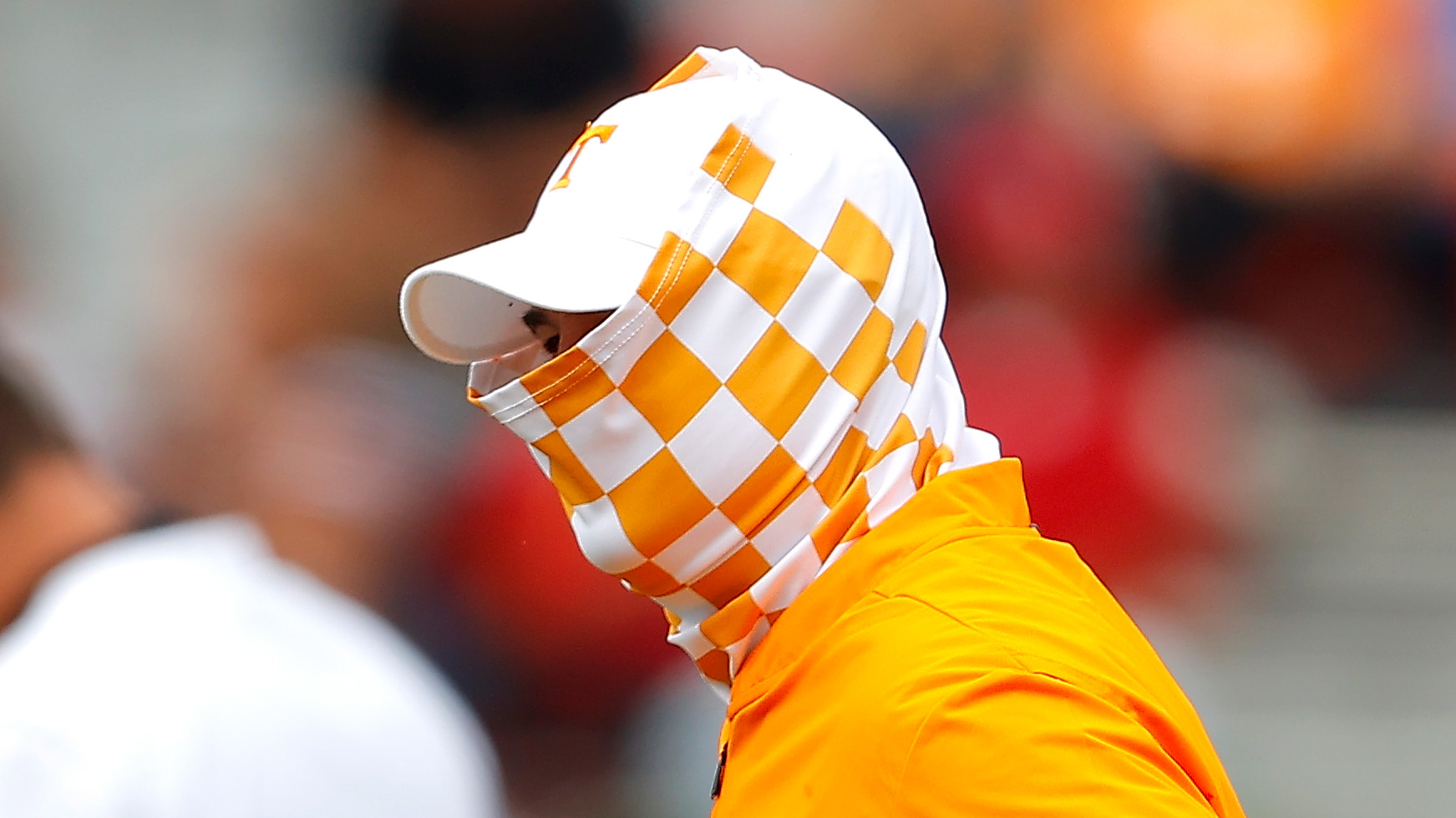 Twitter can't handle Jeremy Pruitt's face covering in ...