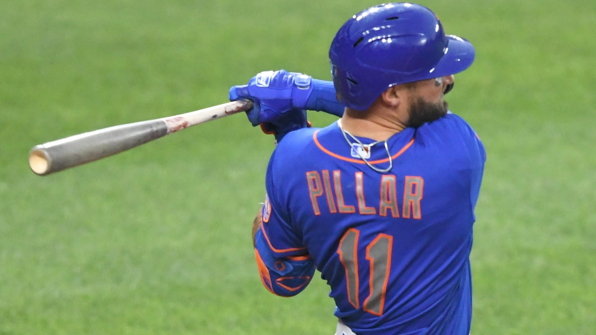 Mets' Kevin Pillar confirms his bat isn't splattered with blood, 'just pine tar stick'