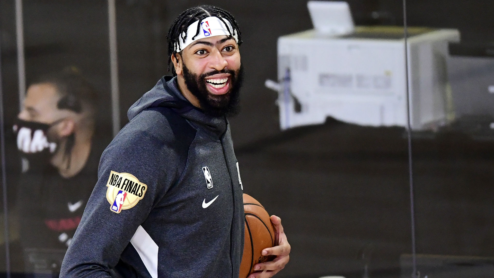 Anthony Davis' trade request was an absolute mess — and it gave the Lakers star everything he wanted 1