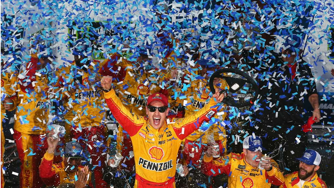 Joey-Logano-082818-getty-ftr
