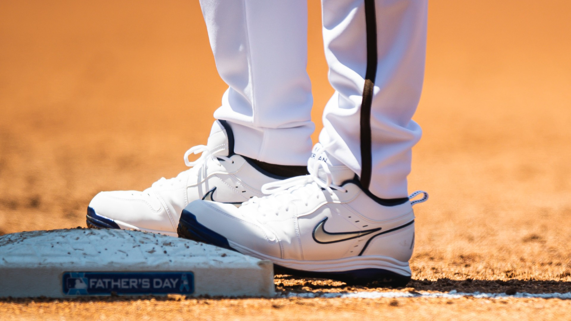 Padres 'Manny Machado wore the perfect Father's Day shoes