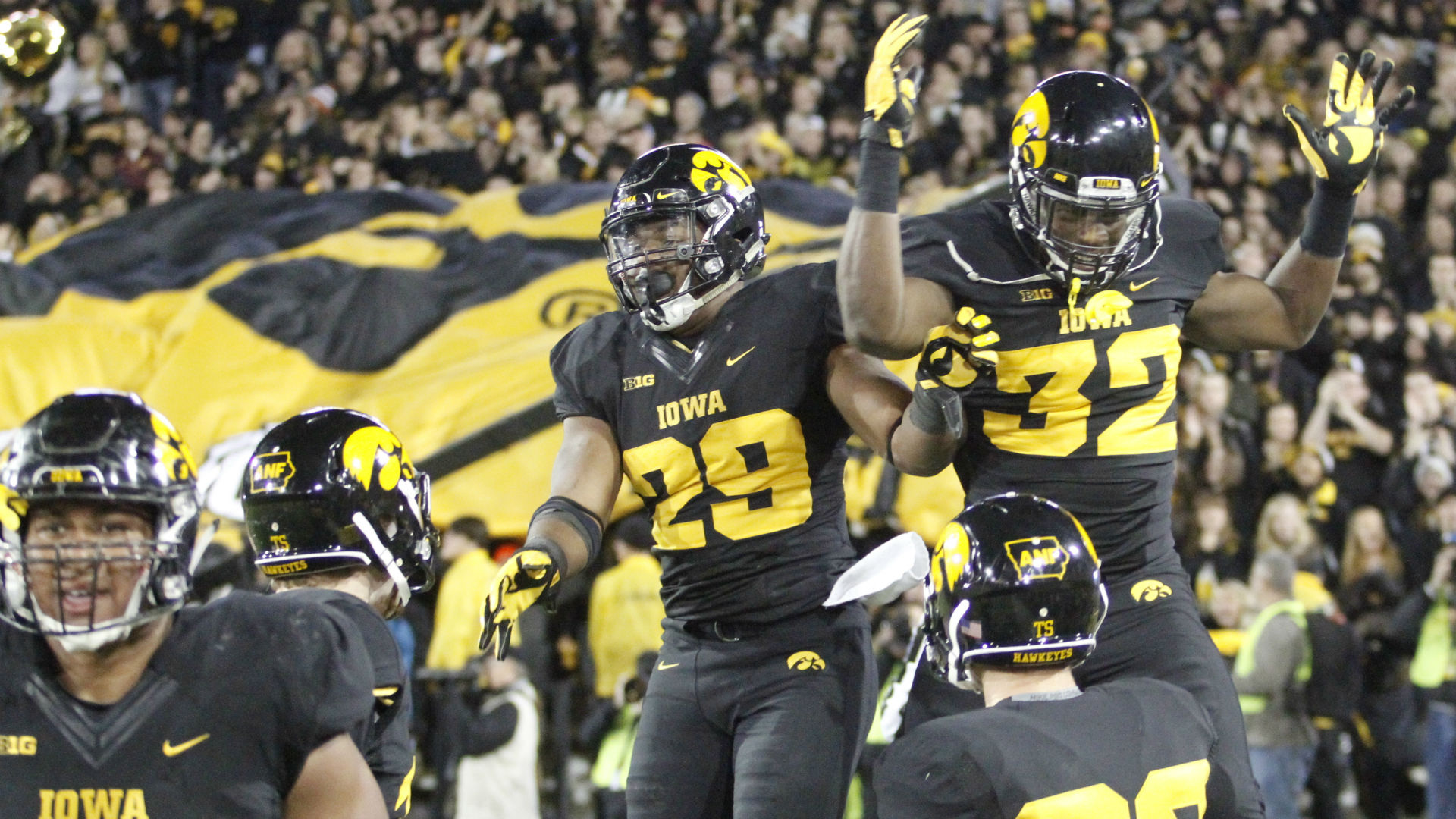 First And 10 No Matter How It Looks Iowa Is Big Ten S Best