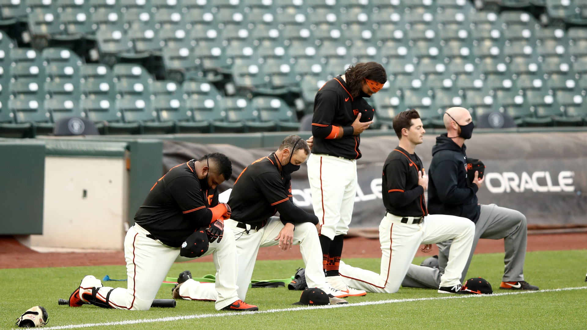 MLB players explain sudden choice to kneel for anthem: 'Simply put, things need to change'