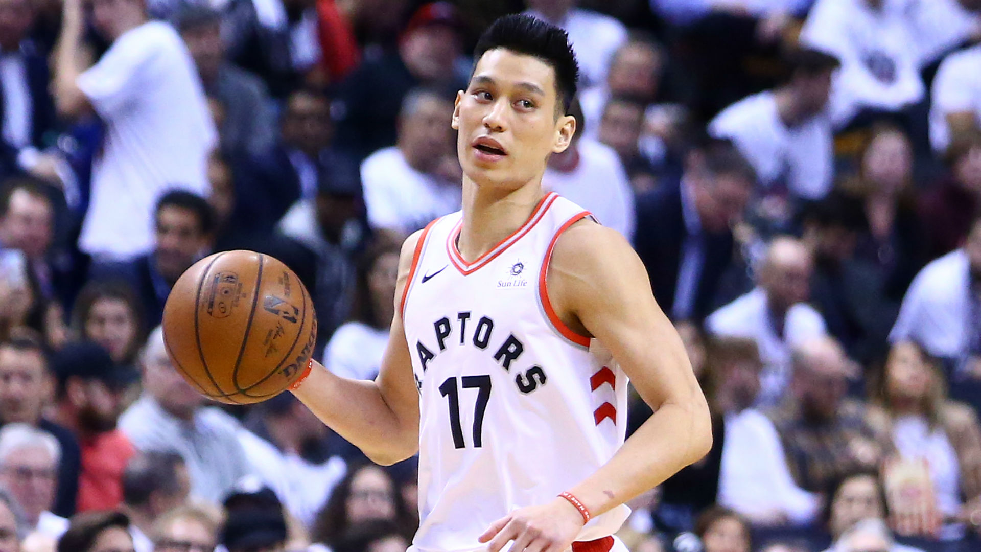 Jeremy Lin responds to Atlanta spa shootings, offers words of encouragement for Asian community