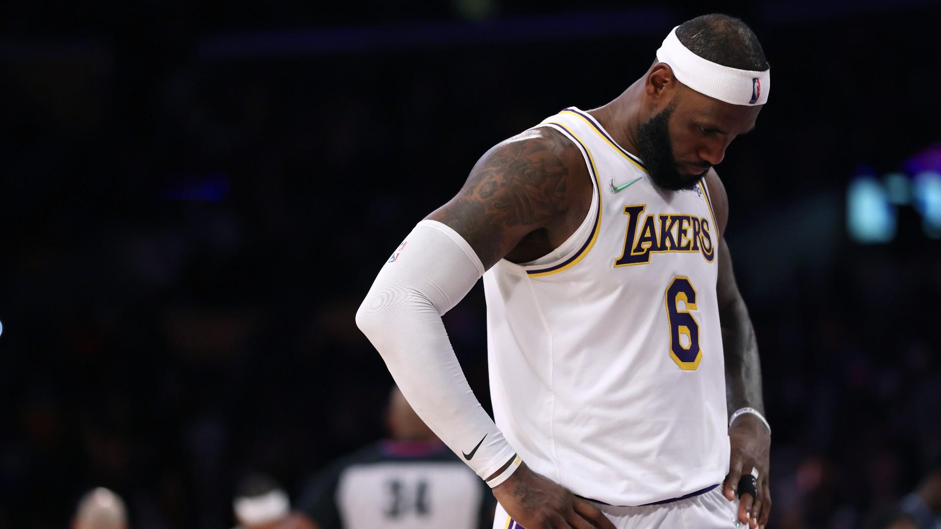 LeBron James injury update: Lakers to take 'marathon' approach to regular season