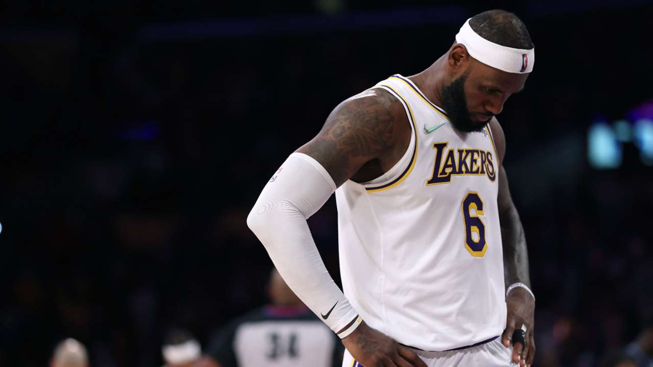 LeBron James will miss the game in San Antonio