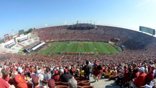 Rams-stadium-082817-Getty-FTR.jpg