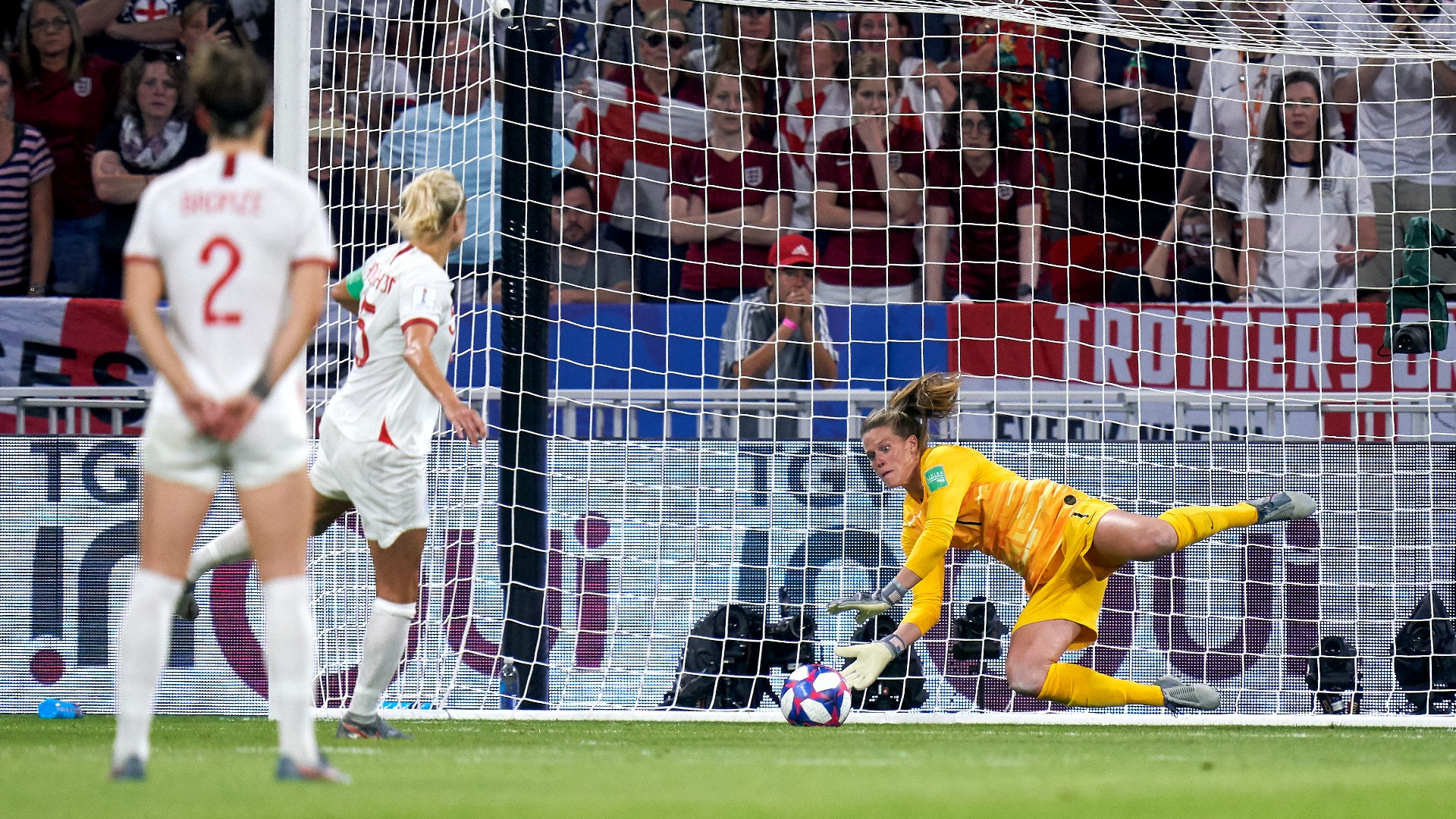 """USWNT goalkeeper Alyssa Naeher is the heroine of penalty saves in Olympic QF: """"She's the reason we're still in this"""""""