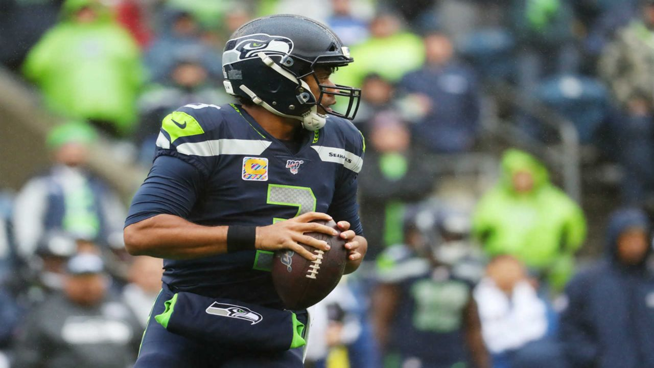 https://images.daznservices.com/di/library/sporting_news/99/b2/russell-wilson-102419-getty-ftrjpg_fooz4x8vnb6p11dpp2879z3o2.jpg?t=32431966&quality=80&w=1280
