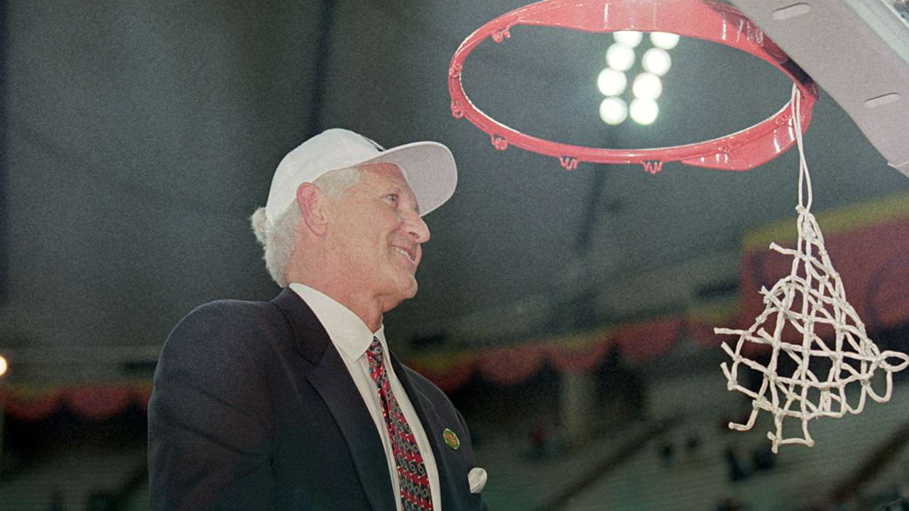 Lute Olson FTR Getty .jpg