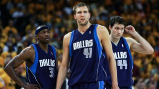 NBA-CHOKES-Mavericks-2007-042716-GETTY-FTR.jpg