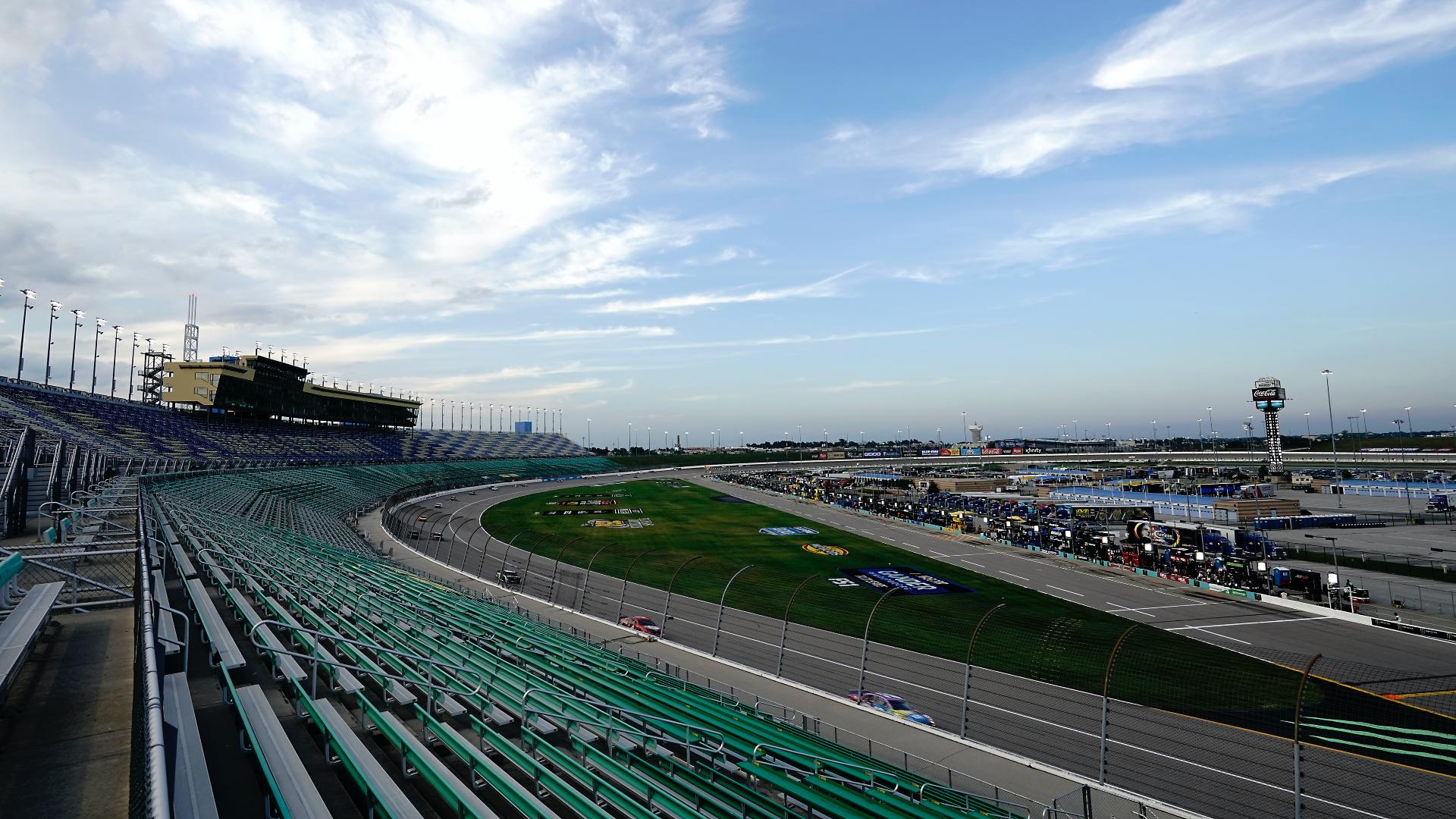 NASCAR roster in Kansas: start order, pole for Sunday's non-qualifying race