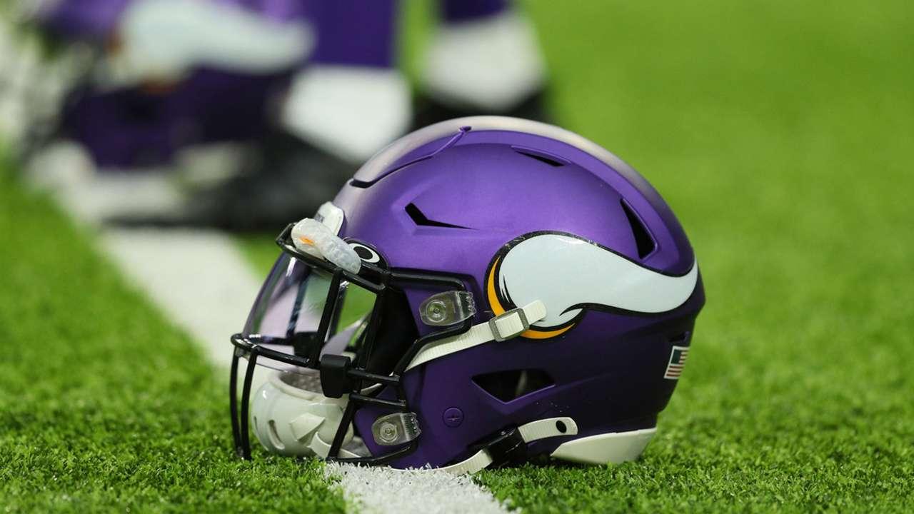 Vikings-helmet-072720-Getty-FTR.jpg