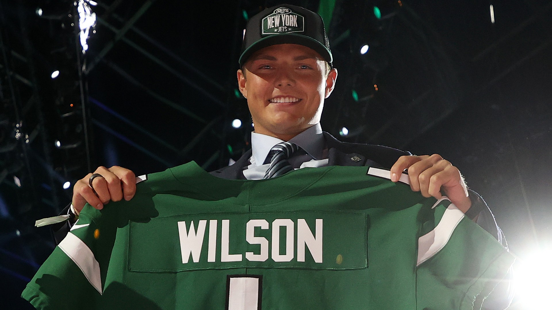RB Jets Michael Carter has a hot view of teammate Zach Wilson: 'He deserved to be the No.1 pick'