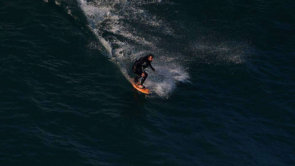 surferjpg_hvc