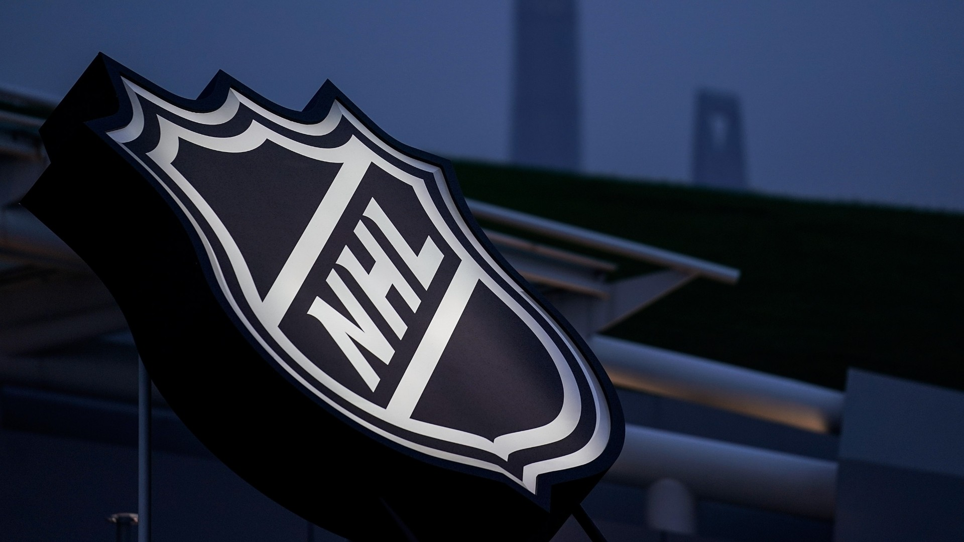 NHL COVID-19 case tracker: Updated list of players to miss games during 2021 season