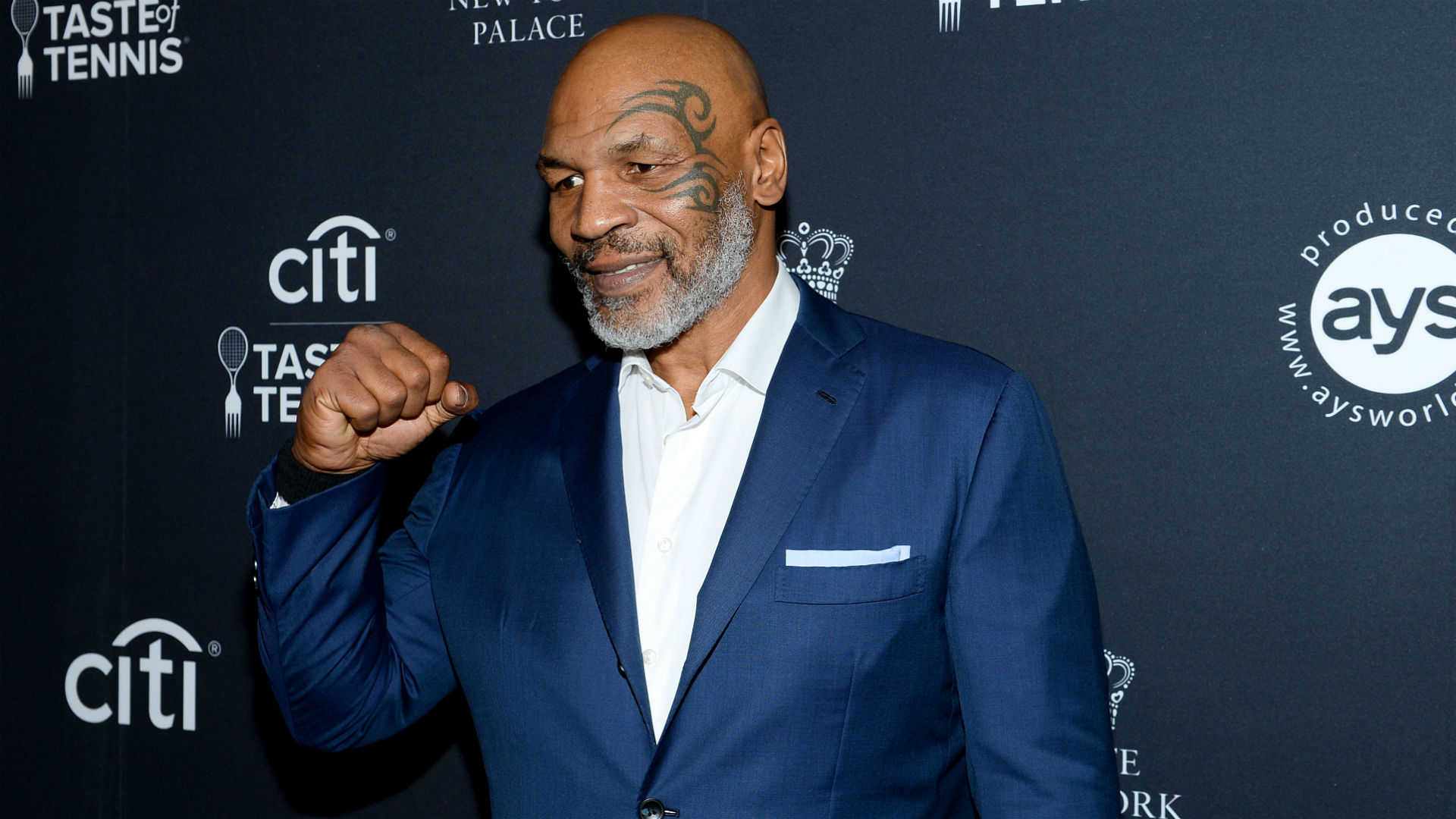 Mike Tyson will make boxing comeback with exhibition bout against Roy Jones Jr. 1