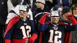 Patriots-fans-102715-Getty-FTR.jpg