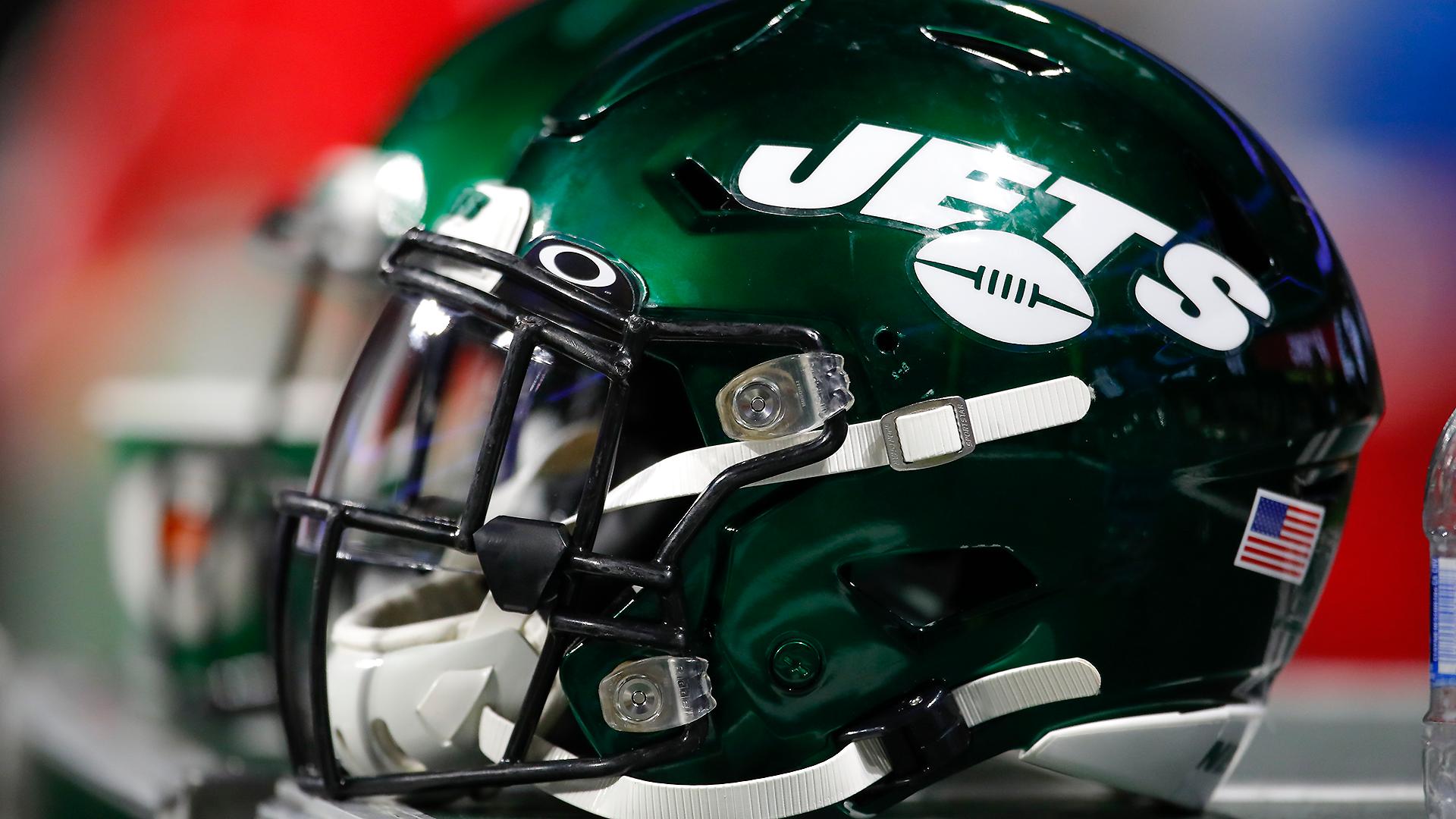 Jets players concerned about hidden locker room cameras: 'I'm pissed'