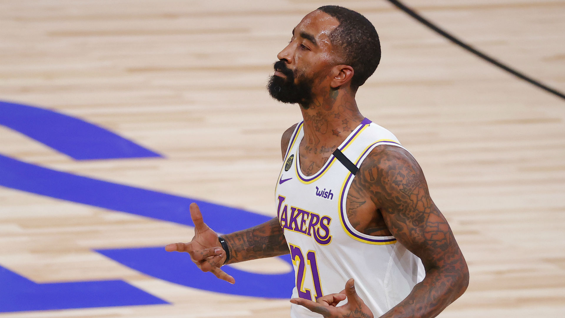 Lakers' J.R. Smith goes shirtless (again) and so do Lakers after ...