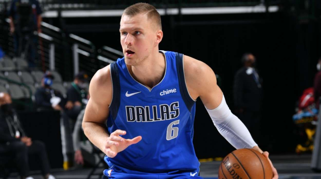 Kristaps Porzingis Dallas Mavericks