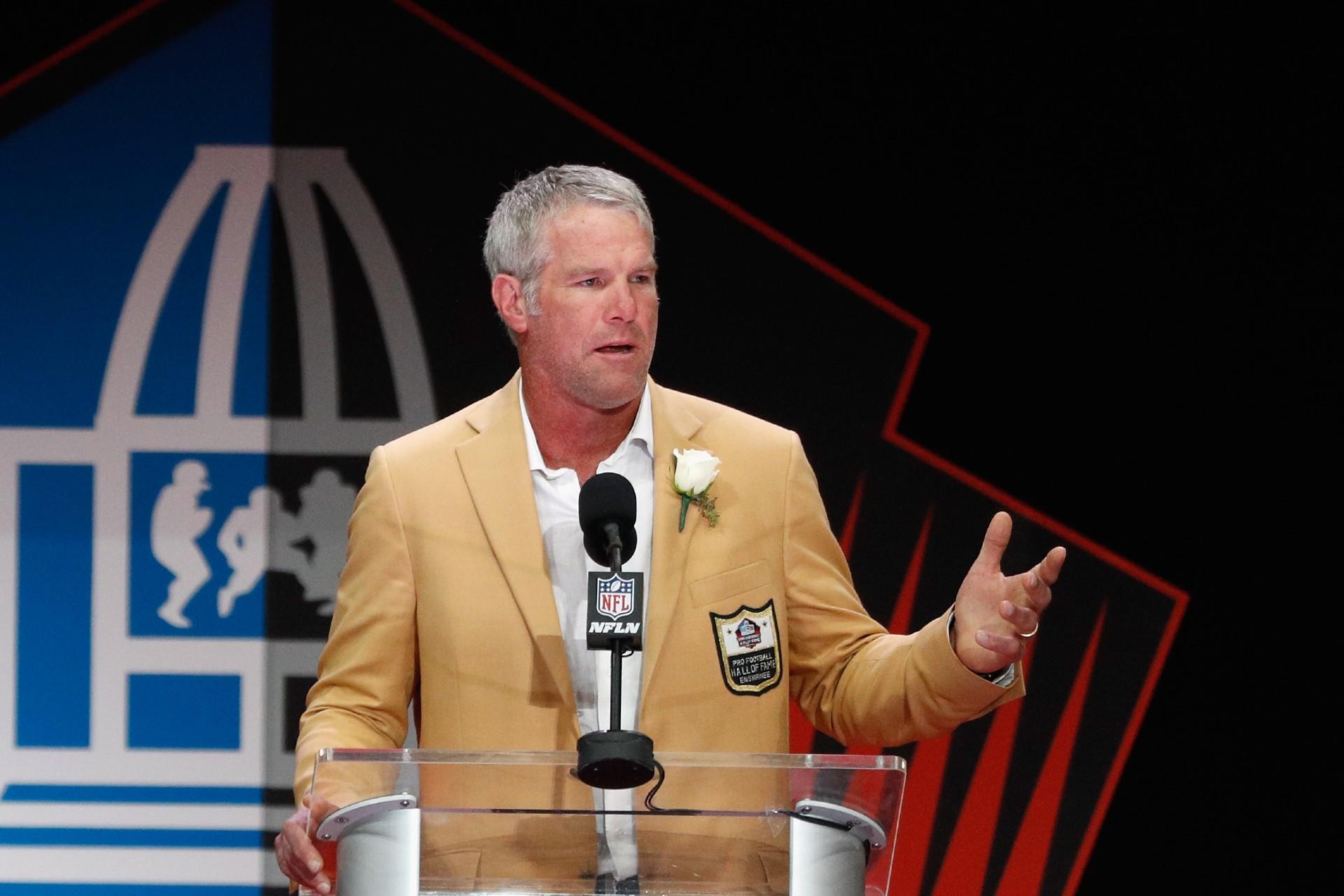 Brett Favre believes in CBD's future in NFL, partners with Green Eagle